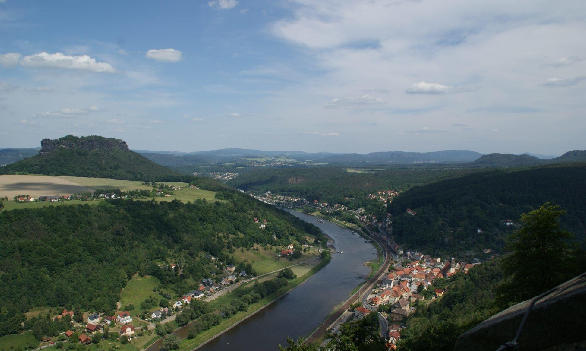 Aussicht auf Elbsandsteingebirge